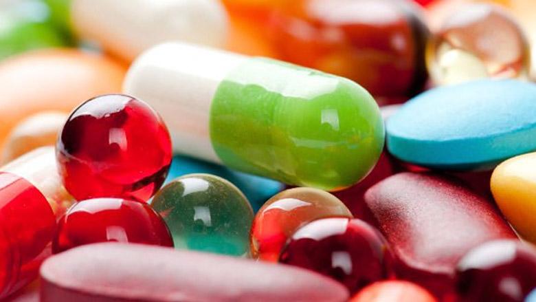 Diclofenac, dexamethasone or laser phototherapy? Part I
