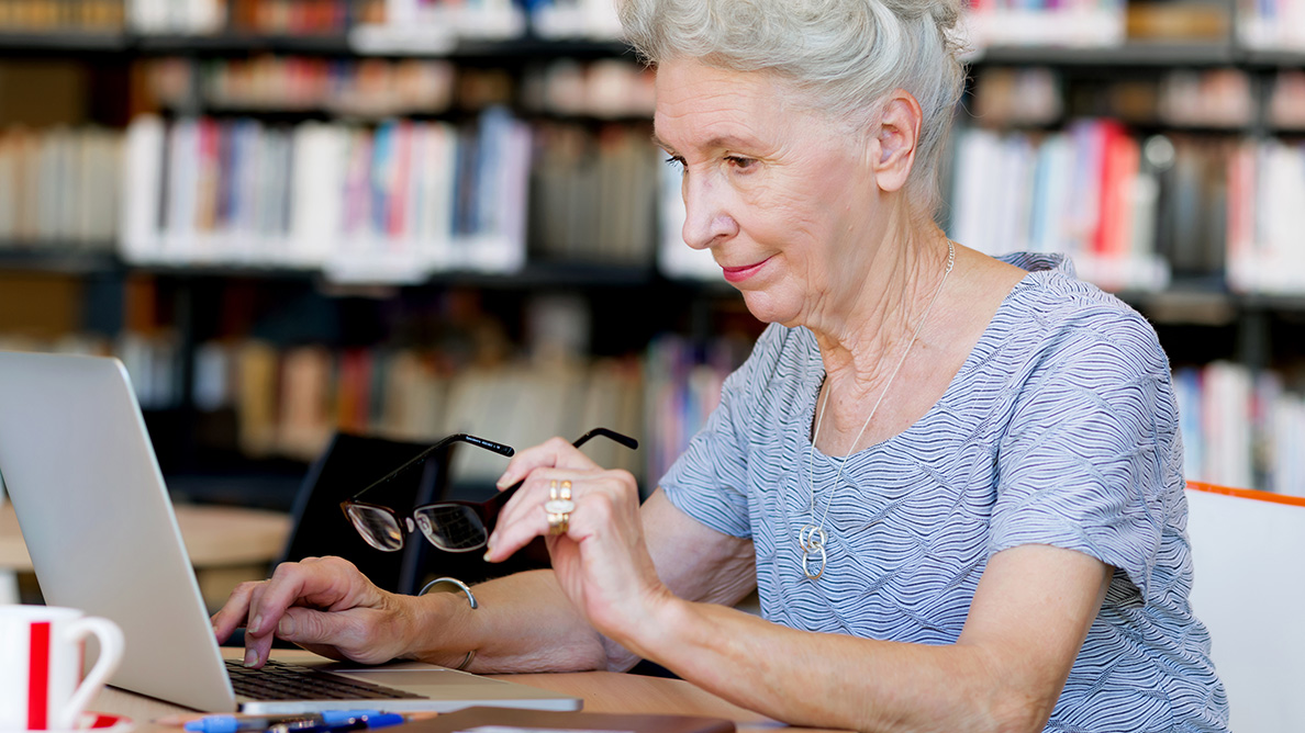 Rising drug costs attract seniors to illegal online pharmacies